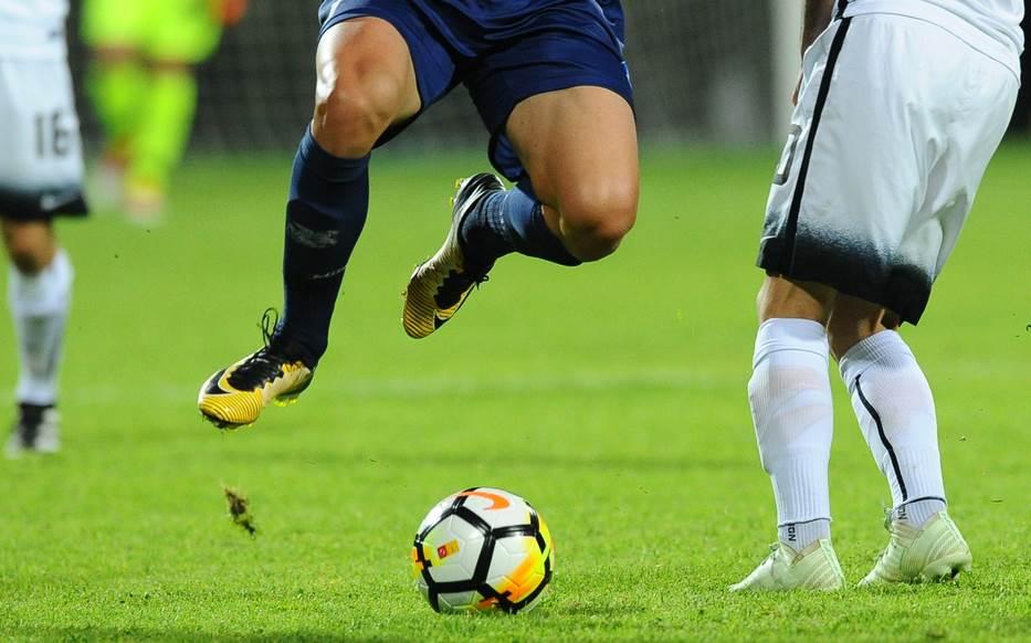 lota, fudbal pokrivalica