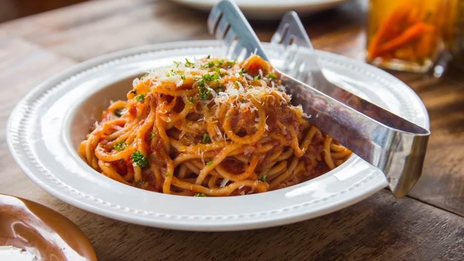 testenina, tunjevina, špageti, posno