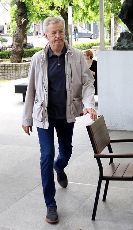 POZORIŠTE U CRNINI: Sahranjen Miša Janketić (FOTO)