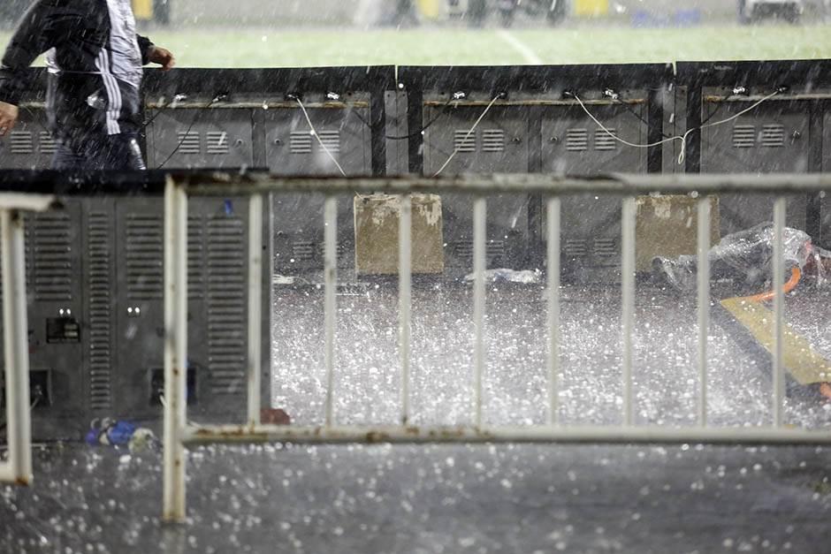 grad, kiša, pljusak, nevreme, oluja