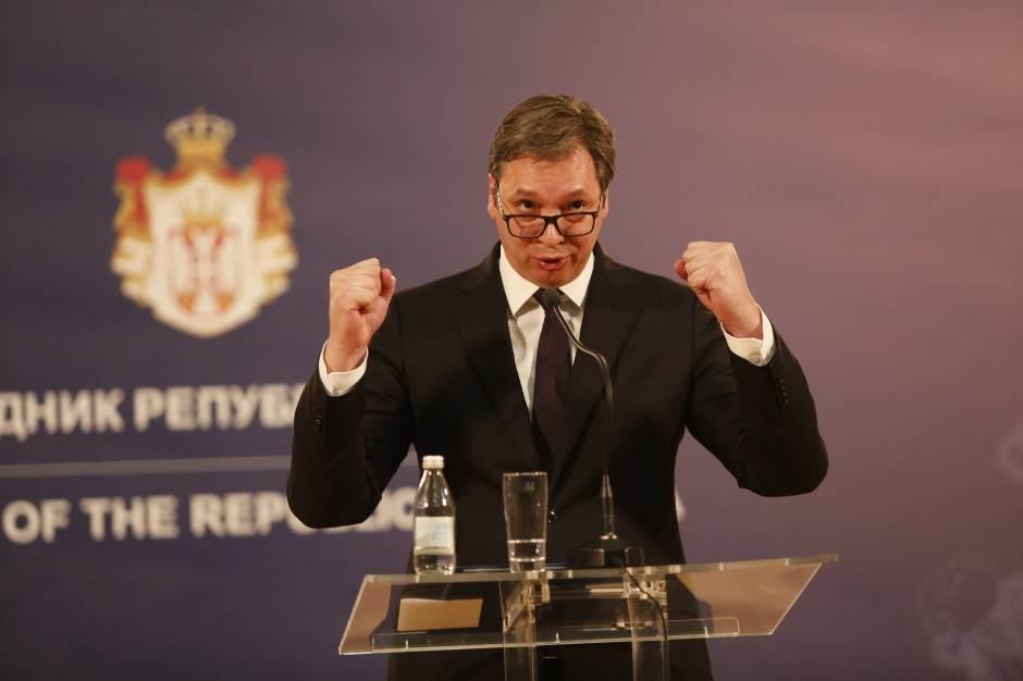 """Vučić o """"Pioniru"""": Ranije su igrali u Boston gardenu?"""