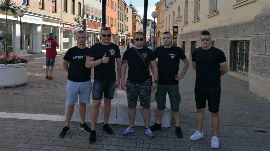 Navijači Spartaka u Banjaluci - šetnja, pa ĆEVAPI!