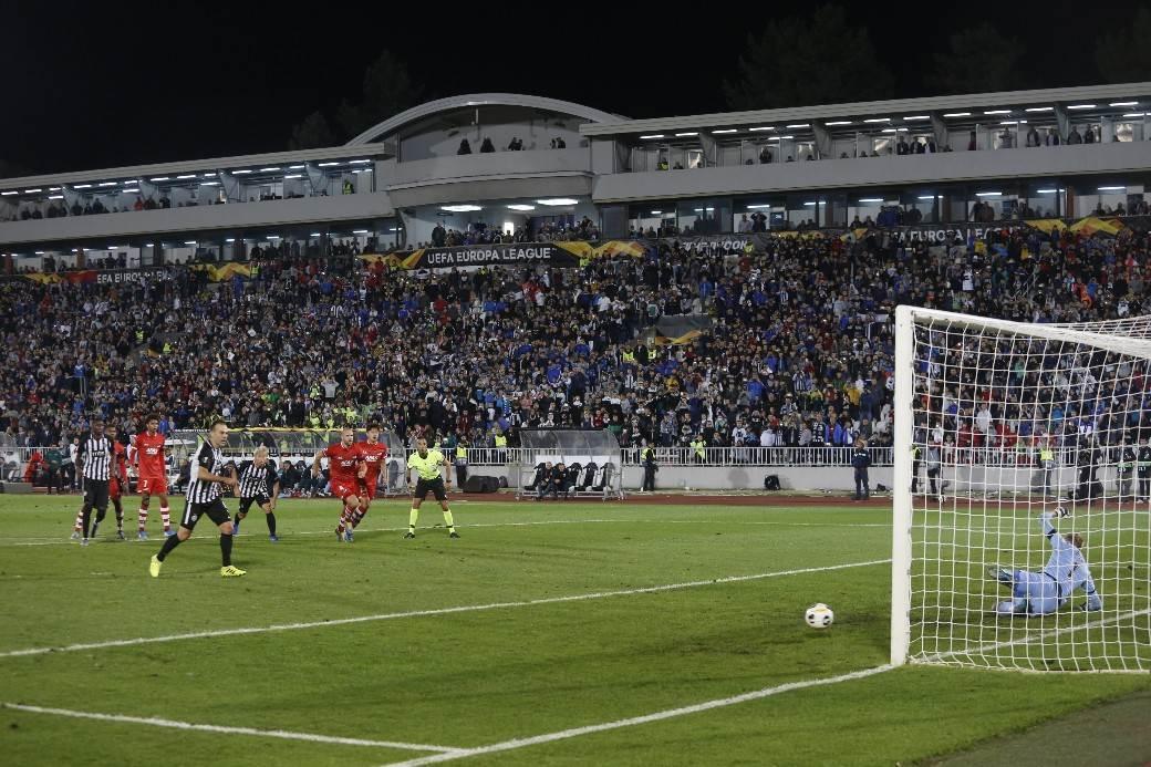 Partizan, AZ Alkmar