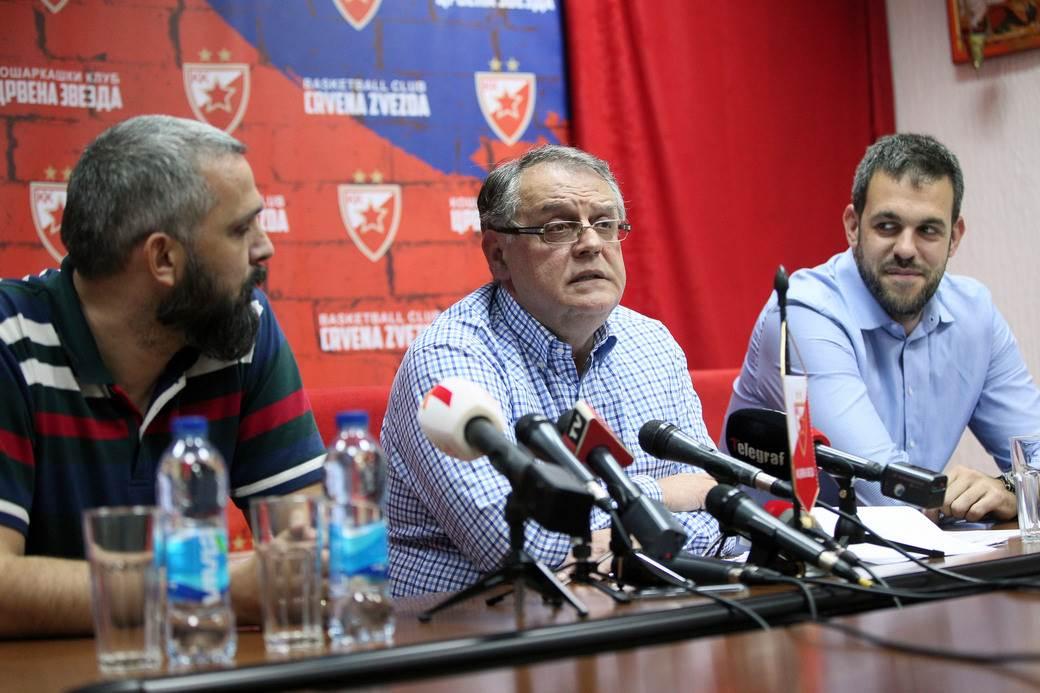 pres konferencija kosarkasa Crvene zvezde mali kalemegdan, Beograd 22.10.2019. godine Foto: Marko Metlas Kosarka, Crvena zvezda