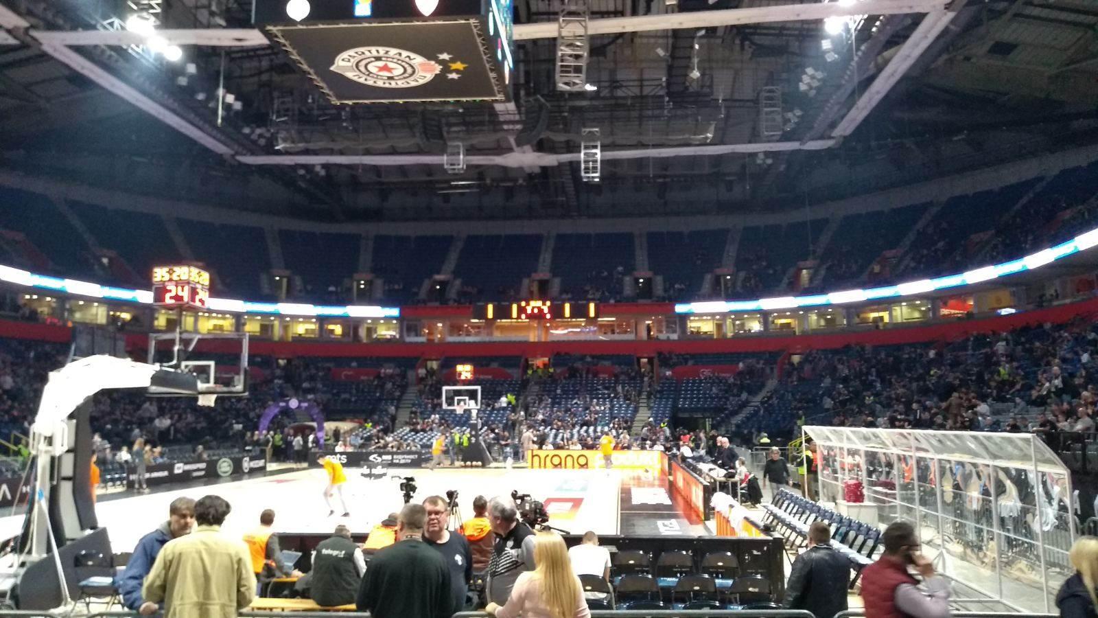 štark arena.jpg