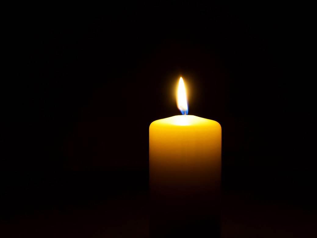 sveća.jpg