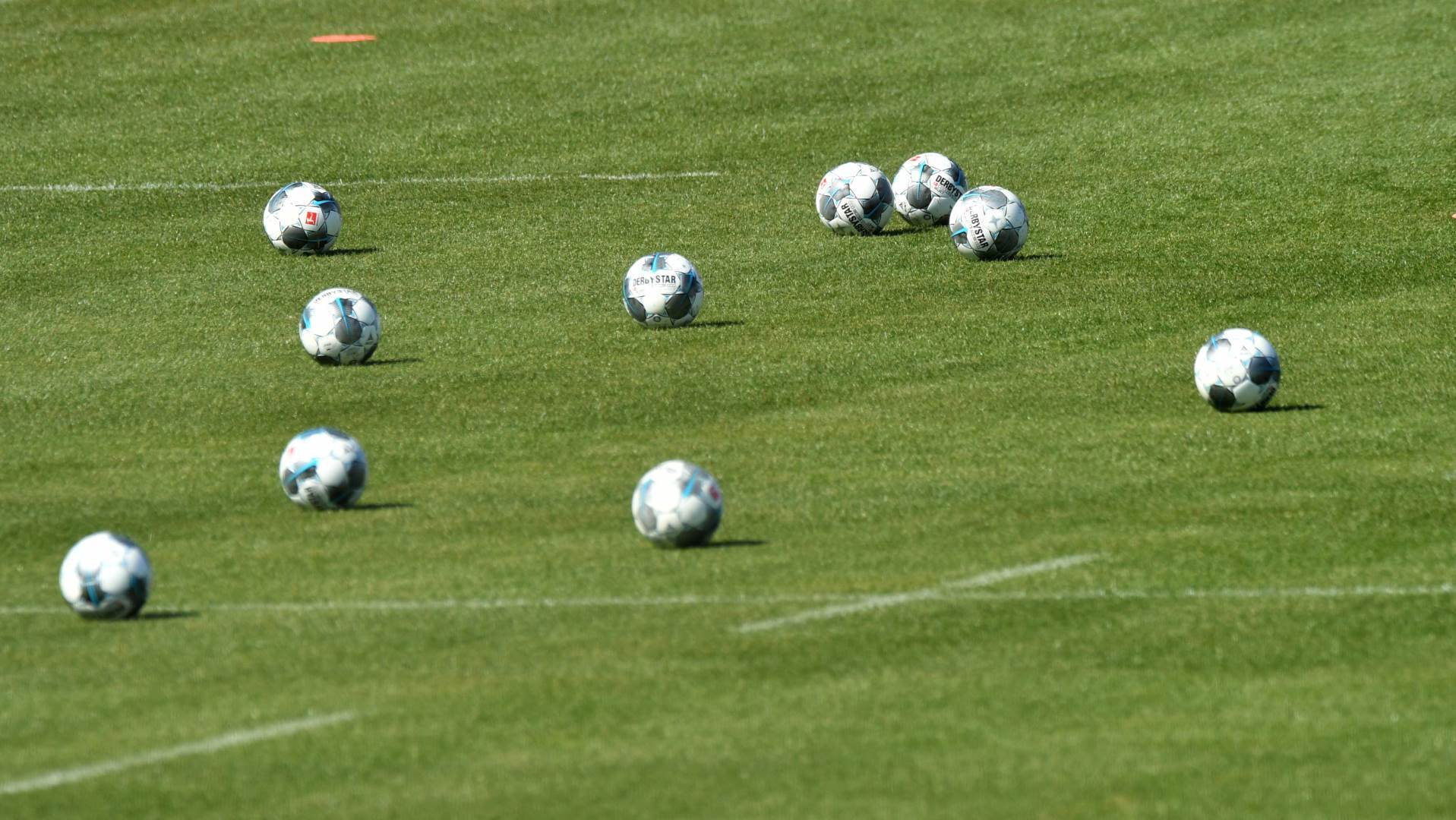 bajern minhen, pokrivalica, trening, fudbal