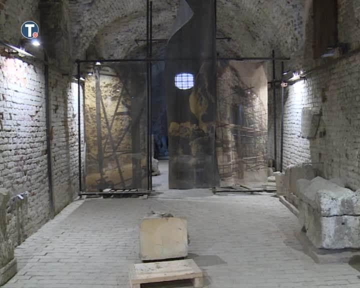 Beogradska Tvrđava: Nepoznati počinioci oštetili statuu staru 17 vekova