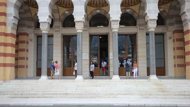Sarajevska Vijećnica otvorena za posjetitelje