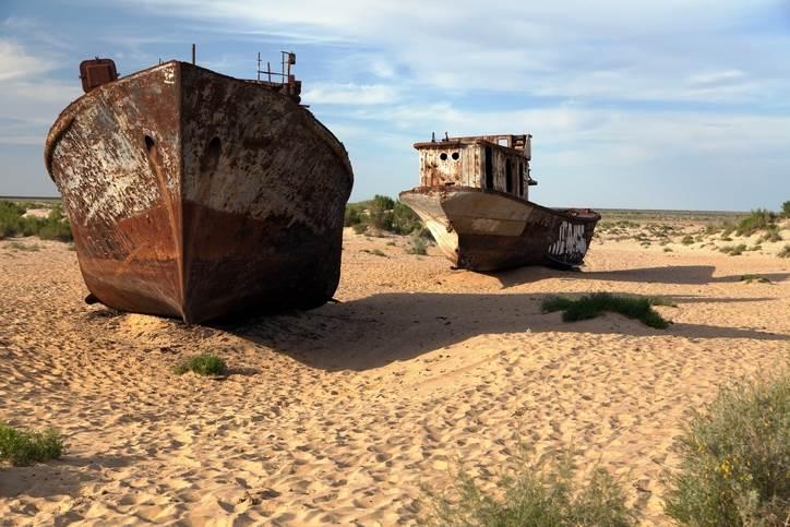 Aralsko more, brodovi, pustinja