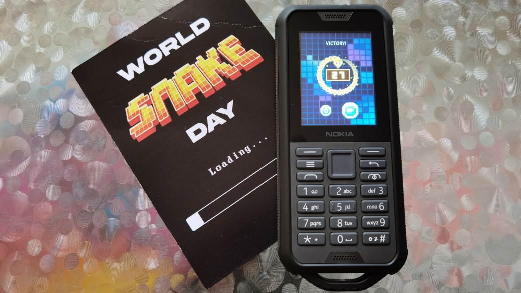 Nokia Zmijica igra, Nokia 800 Tough
