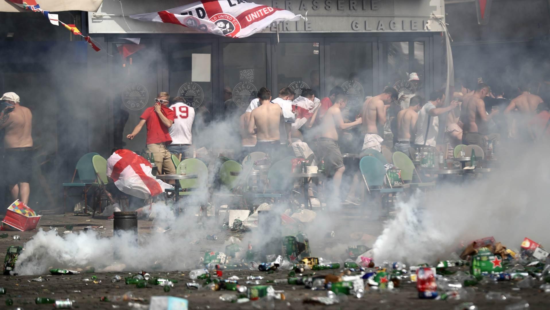 engleska, navijači, englezi, rasistik