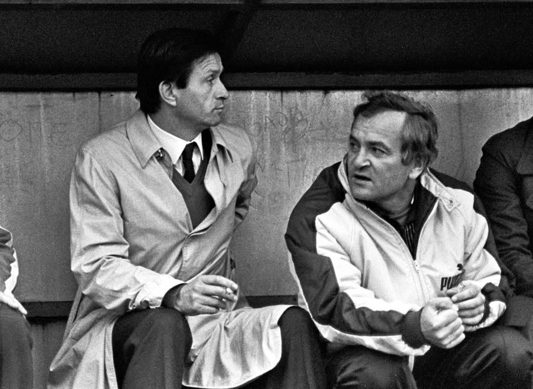 Miroslav Ćiro Blažević i Rudolf Belin na klupi Dinama 1982.