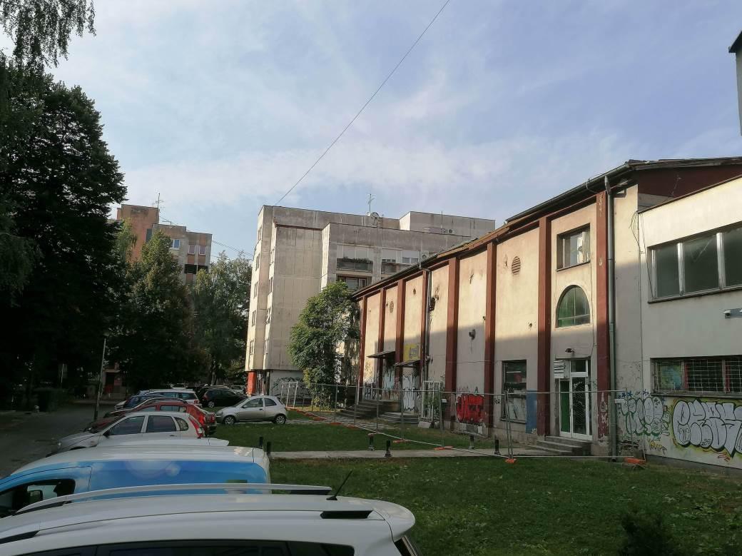 Zgrada Kina Kozara, prije rušenja