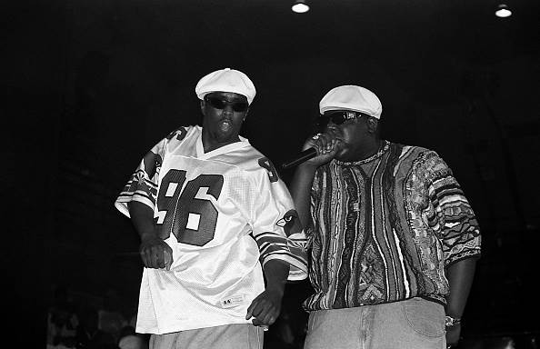 Sean John Combs;Biggie Smalls;Puff Daddy;Culture And Entertainment;Arts;Artist;Stage;Music;East Coast Hip-Hop;Gangsta Rap;Hip-Hop;Compact Disc;Rapping;Microphone;Performance;Christopher George Latore Wallace;topix;bestof