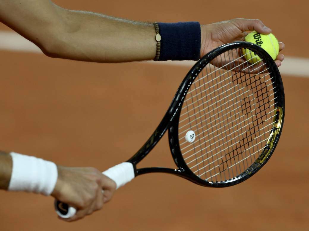 teniske loptice tenis loptice.jpg