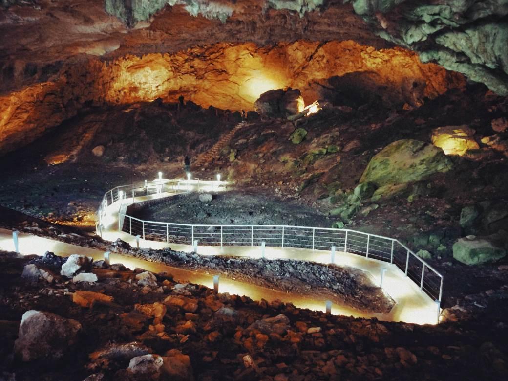 Ravlića pećina, Hercegovina