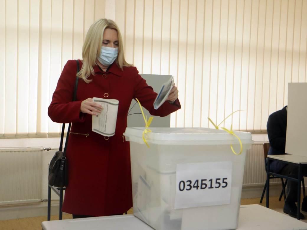 željka cvijanović, izbori, glasanje