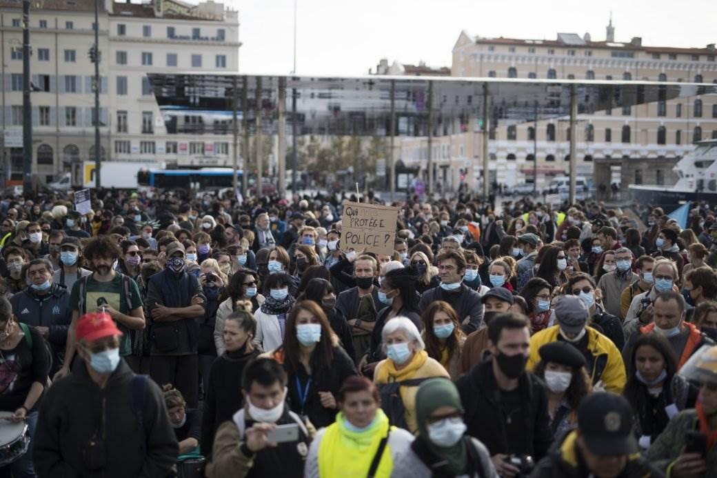 pariz, protest, francuska