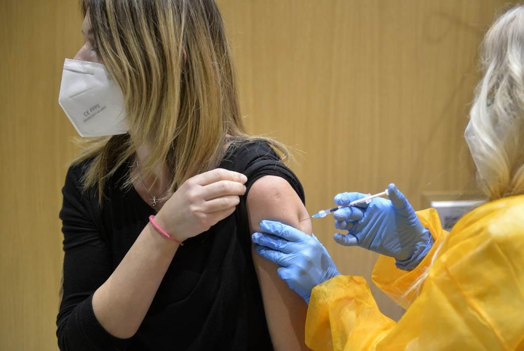 vakcina-zdravstveni-radnici- (2)