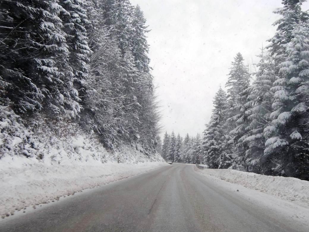 Zvornik, snijeg, saobraćaj, putevi