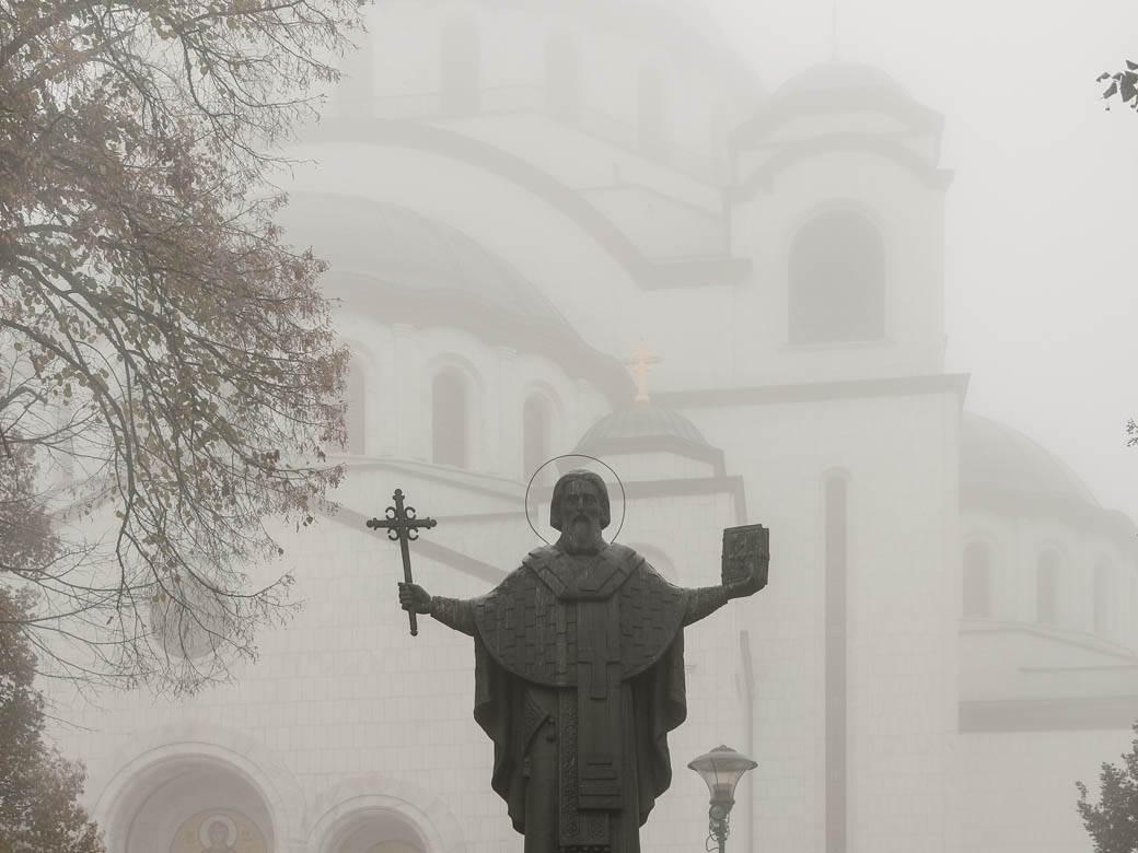 magla zagađen vazduh smog zagađenje sveti sava hram