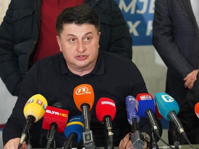 Milan Radović, SDS