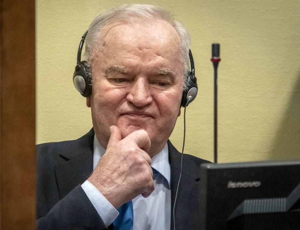 Ratko Mladic (15)