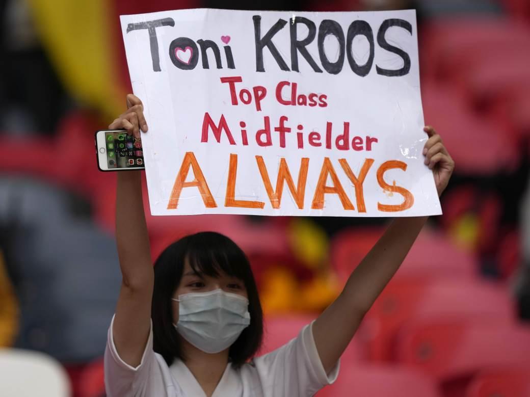 Toni Kros poruka