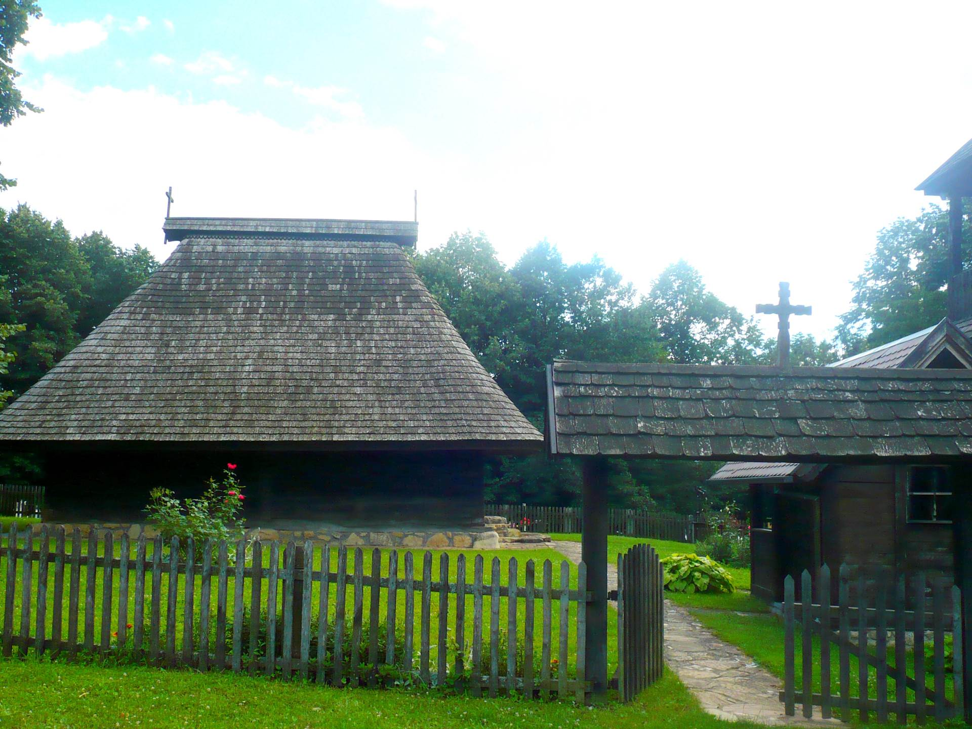 prnjavor, palačkovci, crkva brvnara