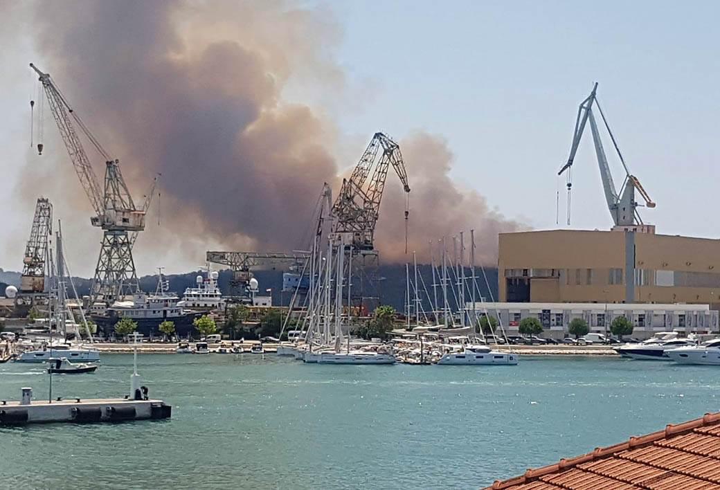 ostrvo čiovo požar (3)