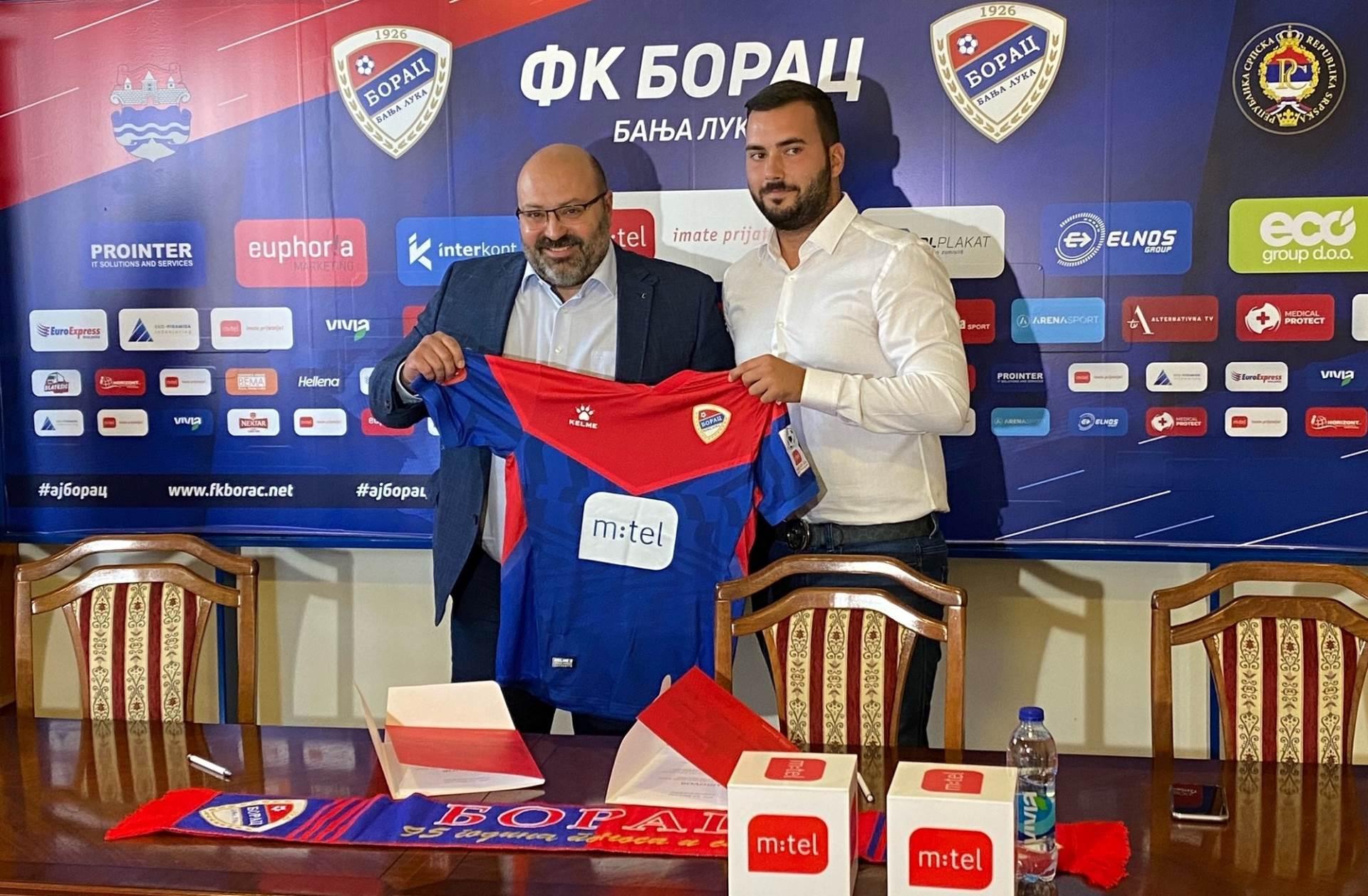 Marko Lopičić, generalni direktor Mtela, Branimir Zeljković, potpredsjednik FK Borac_01