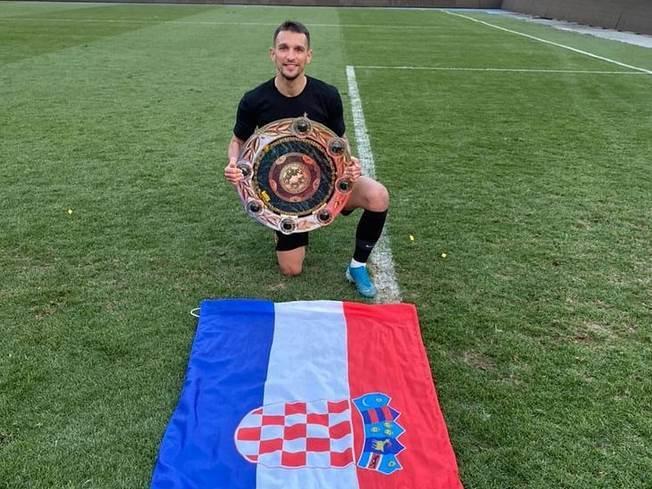 Dino Mikanović Kairat Crvena zvezda