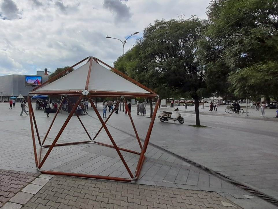 Info pult na Trgu Krajine