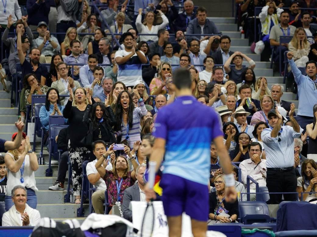 Novak i publika