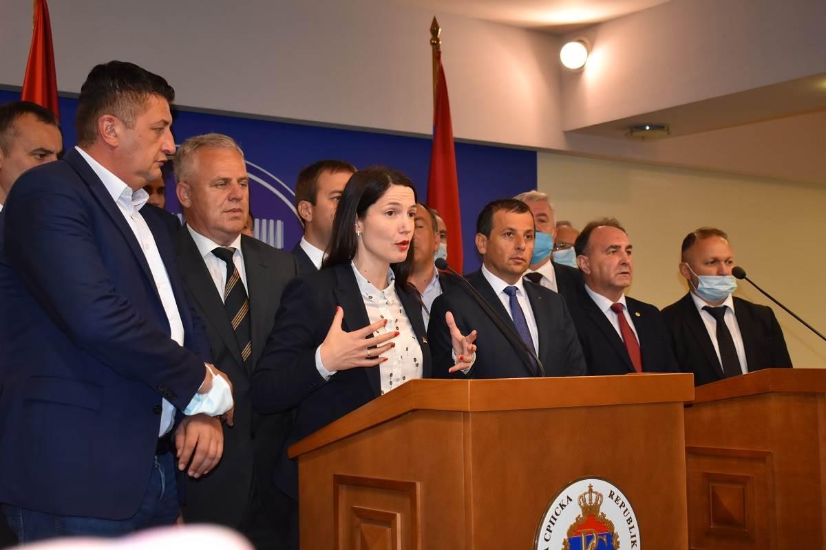 Poslanici opozicije u NSRS