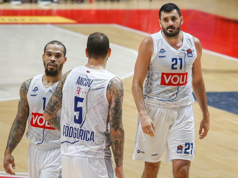 Kuridža, Micov i Kobs