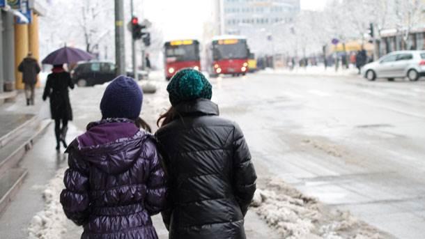 snijeg, ulica, šetači, Banjaluka