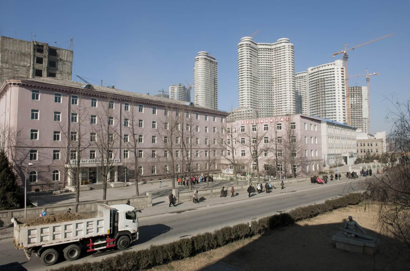 Ulica u centru Pjongjanga