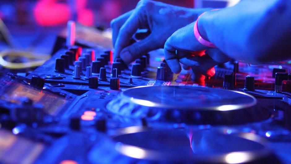 mikseta, DJ