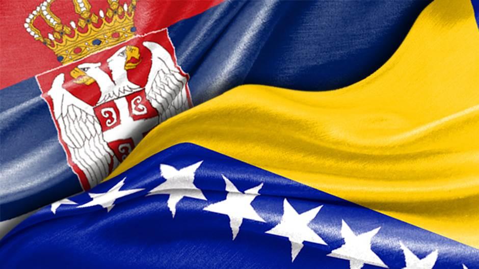 Srbija BiH, zastave Srbije i BiH