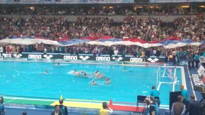 srbija crna gora vaterpolo evropsko prvenstvo beograd 2016 slavlje.JPG