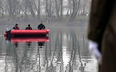 čamac, ronioci, policija, reka, nesreća, davljenje, udavio se, bogojavljanje, plivaju, za, krst, ada, ciganlija,