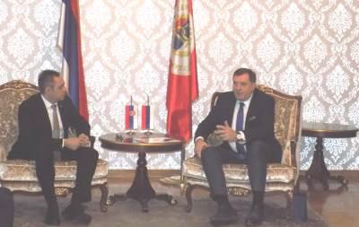 Aleksandar Vulin, Milorad Dodik