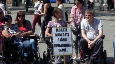 invalidi, protest