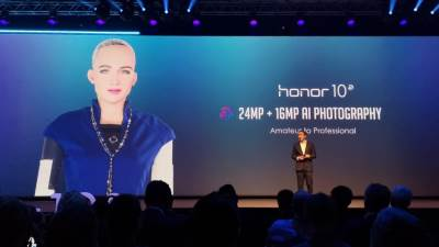 Honor 10, Sofija, Sophia, Robot, Humanoid, Humanoidni robot