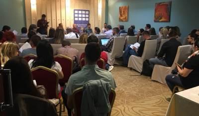Konferencija, Online mediji