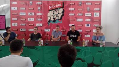 Nele Karajlić, Demofest