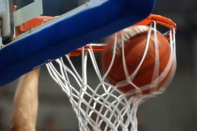 koš, košarkaška lopta, zakucavanje