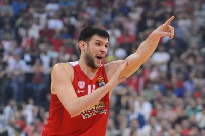 Kostas Papanikolau Olimpijakos